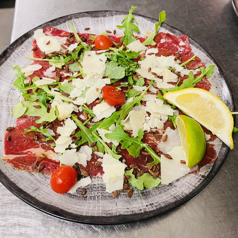 Carpaccio de faux filet fumé image