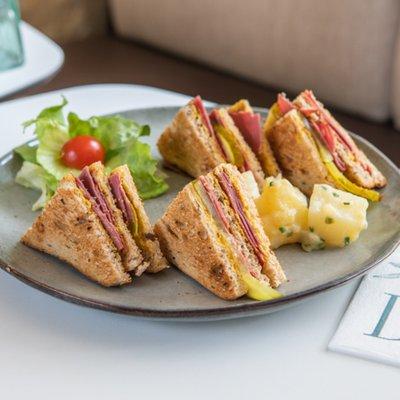 Club Pastrami image