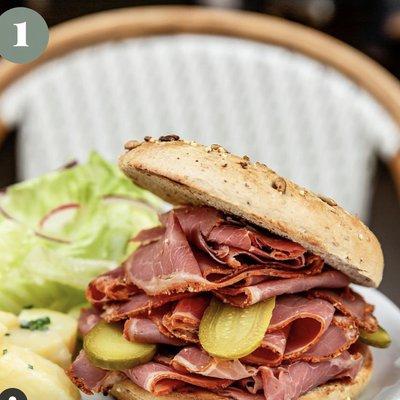 Bagel Pastrami image