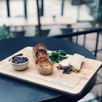 Planche de foie gras maison image