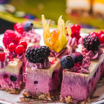 Gâteau aux fruits rouges image